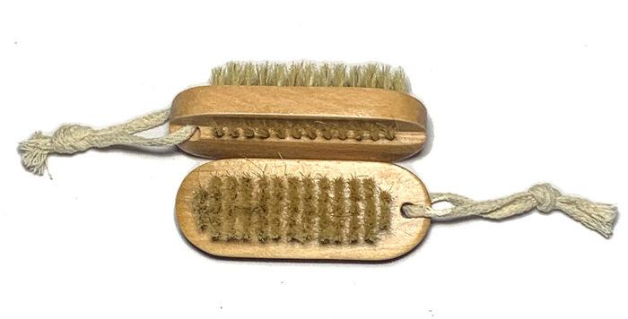 nail brush